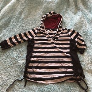 ❤️Maurices Hoodie Cinched sides❤️